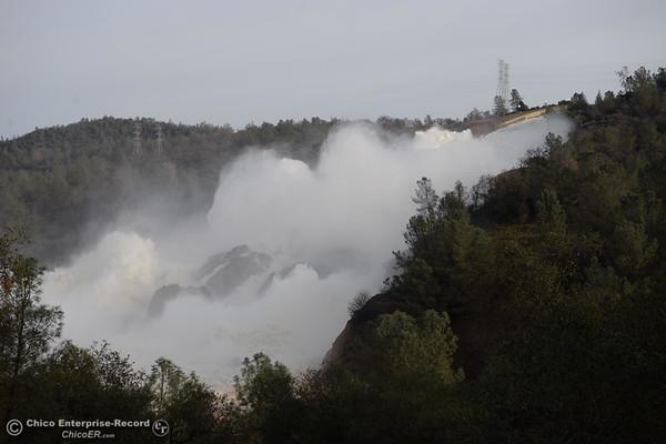 Oroville Dam Spillway - Monday Photos