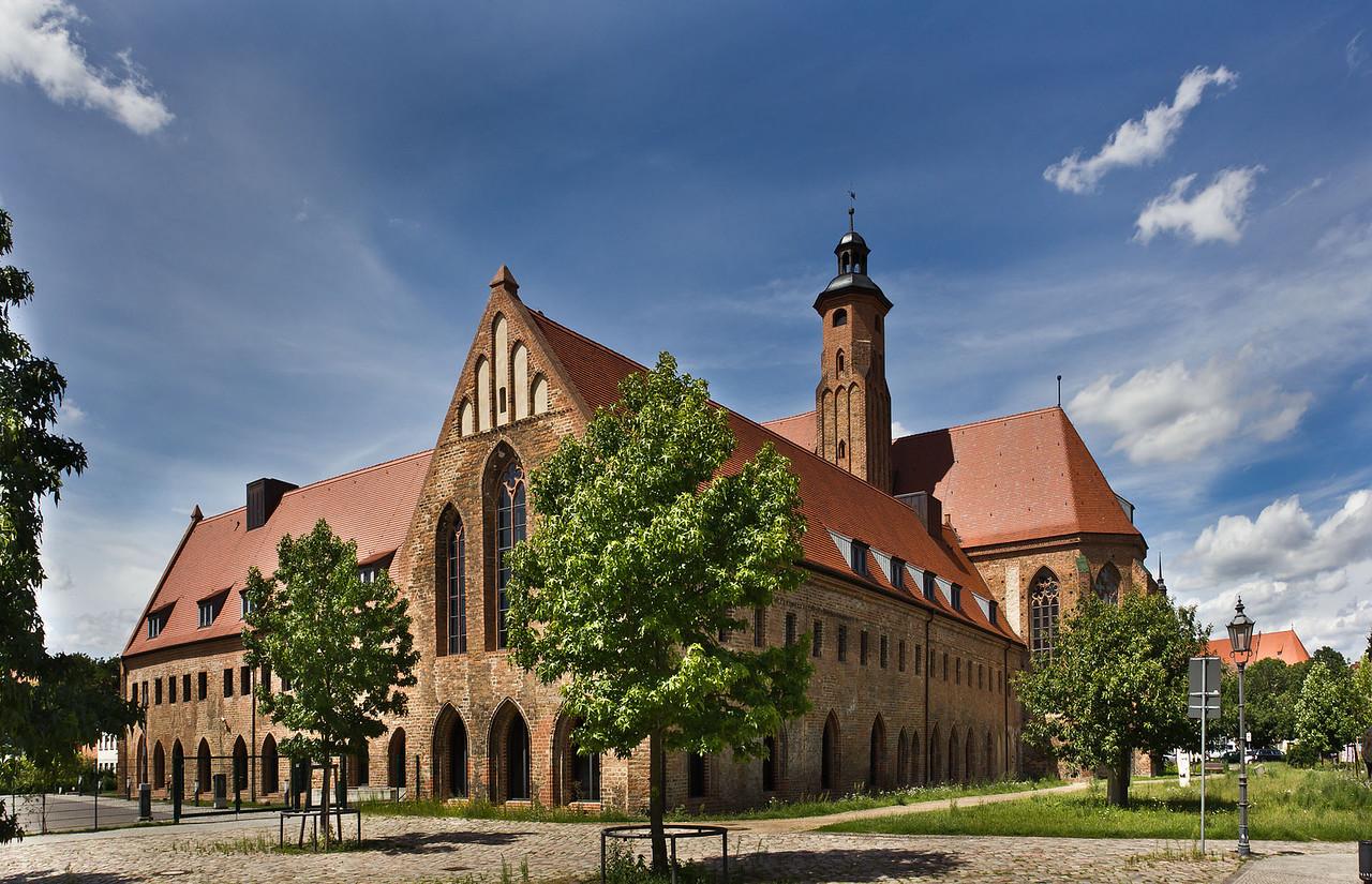 Brandenburg, Paulikloster von Südosten