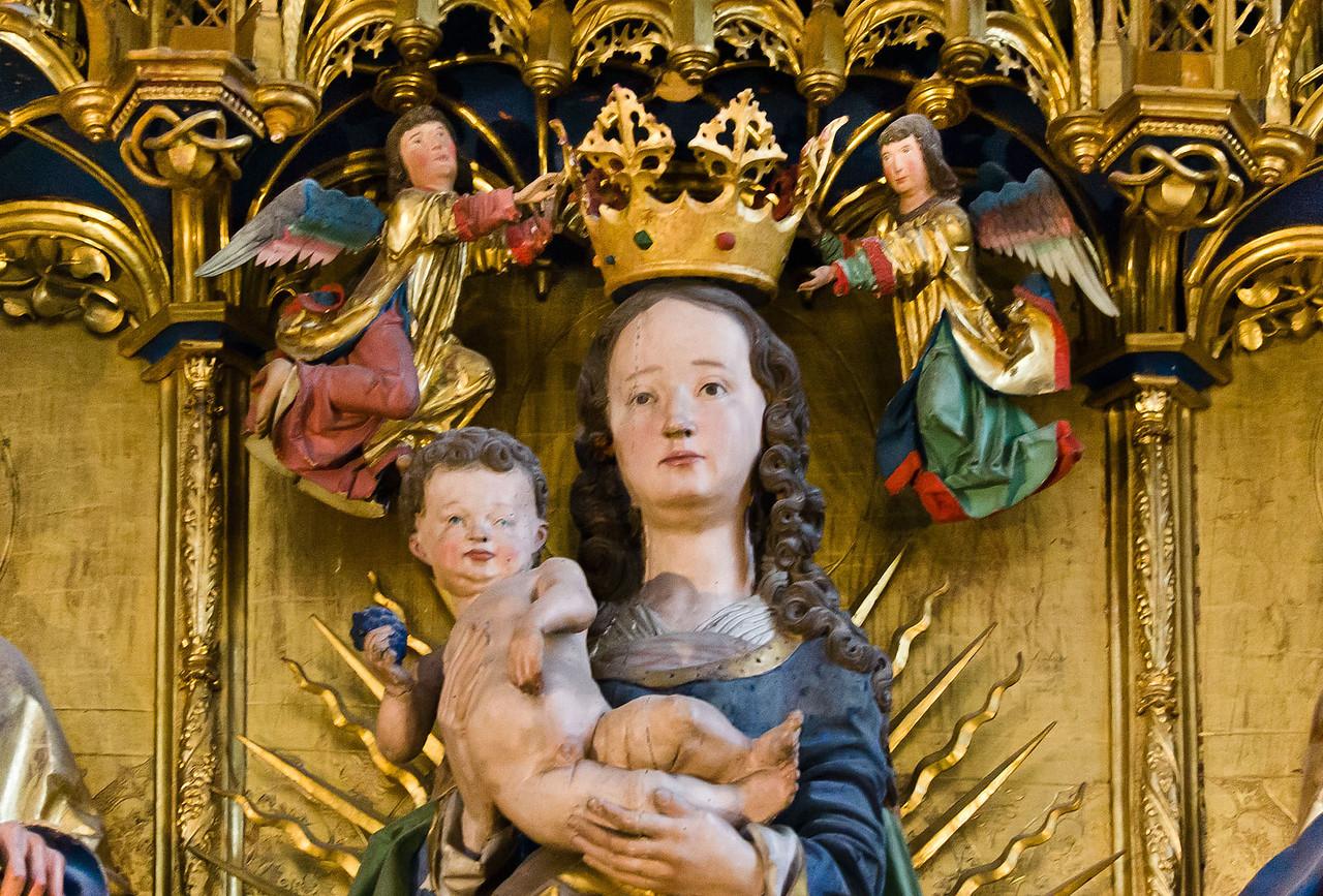 Brandenburg, Dom. Hochaltar: Maria, Detail