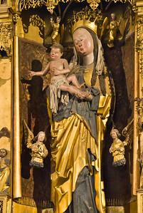 Brandenburg, St. Katharinen. Hochaltar, Mittelstück: Maria mit Kind