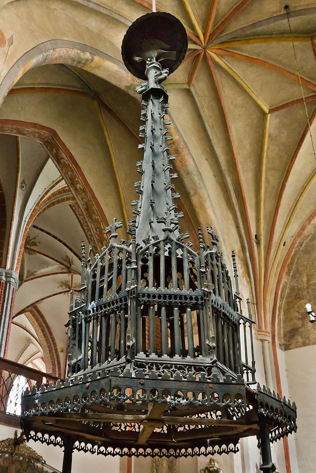 Brandenburg, St. Katharinen. Messingtaufe: Deckel (1440)