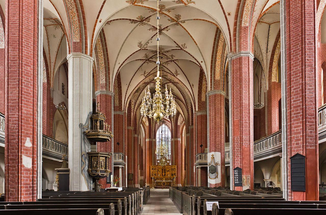 Brandenburg, St. Katharinen. Inneres nach Osten