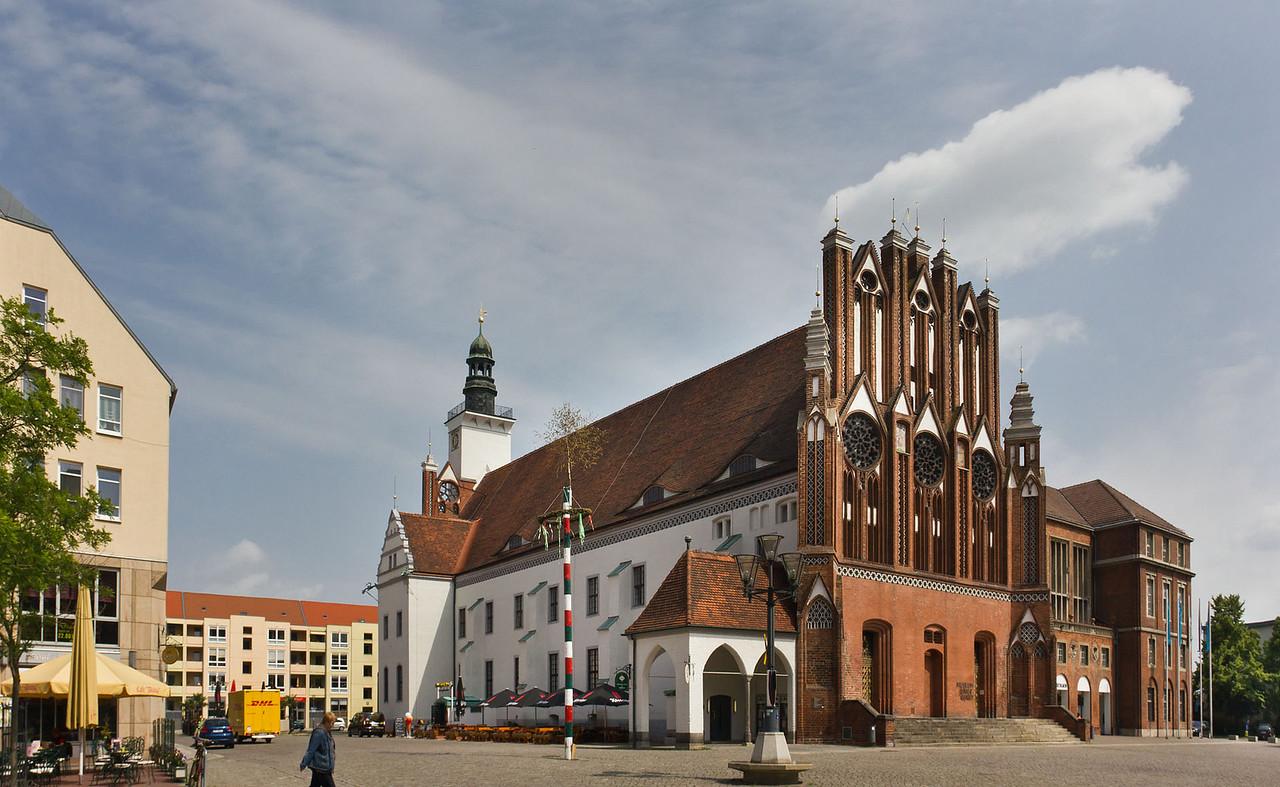 Frankfurt/Oder: Rathaus von Südwesten