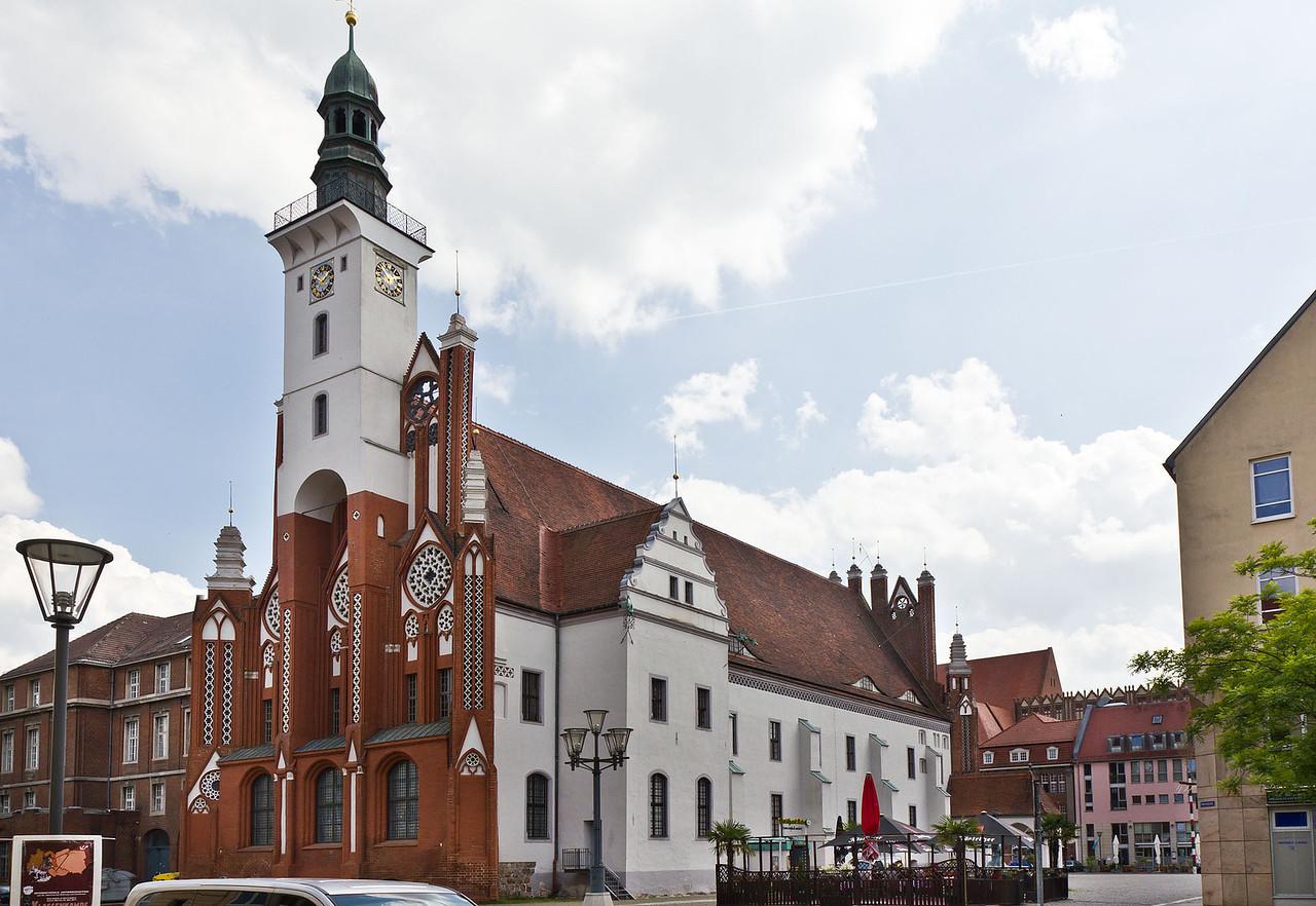 Frankfurt/Oder: Blick auf Rathaus von Nordwesten