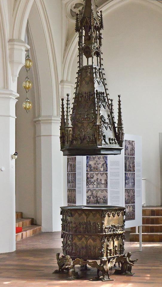 Frankfurt/Oder, St. Gertraud. Bronzetaufe (1376, aus St. Marien)