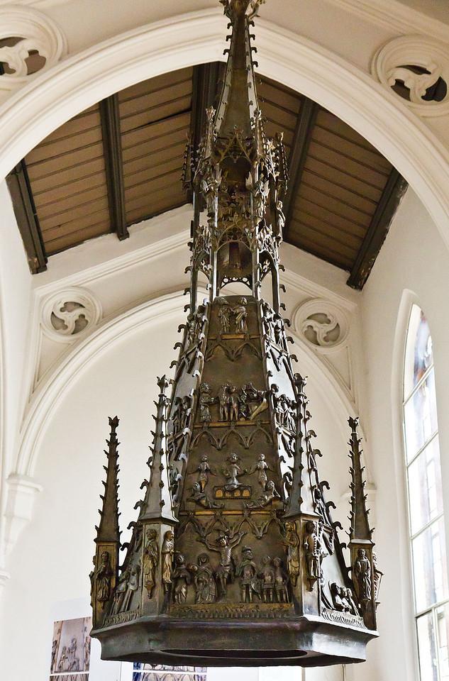 Frankfurt/Oder, St. Gertraud. Bronzetaufe, Deckel (1376, aus St. Marien)