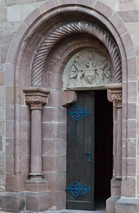 Heilsbronn, Münster: rom. Südportal mit got. Tympanon