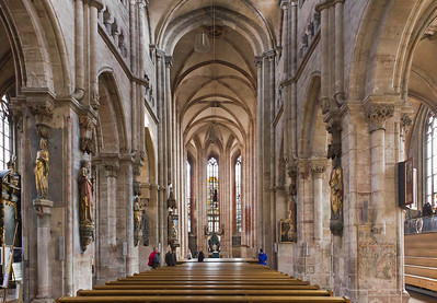 Nürnberg. St. Sebald: Blick aus Längsschiff nach Osten