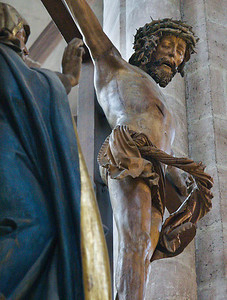 Nürnberg. St. Sebald: Christus der Kreuzigungsgruppe (Veit Stoß, 1520)