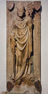 Würzburg. Dom: Grab Bischof Otto v. Wolfskehl (gest. 1345)