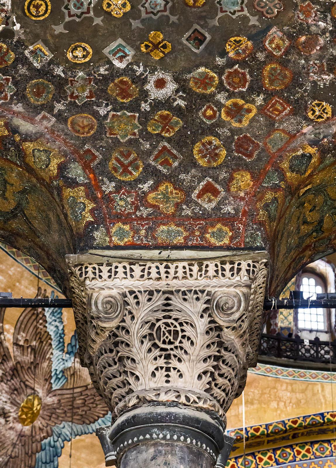 Istanbul, Hagia Sophia: Kapitell im südl. Emporensaal