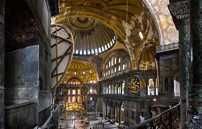 Istanbul, Hagia Sophia: Blick von Westempore Richtung Apsis