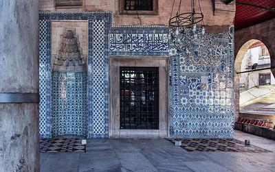 Istanbul, Rüstem Pascha: Wand der westl. Vorhalle