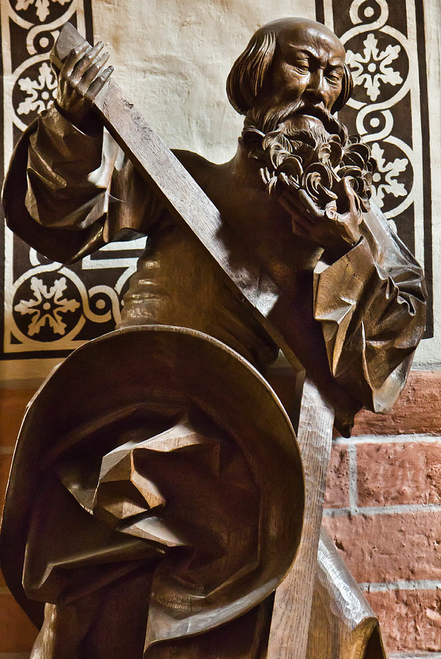 Güstrow, Dom. Apostelfigur, Detail (Claus Berg, nach 1532)