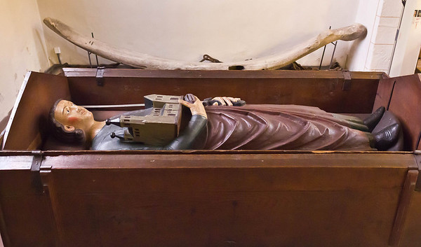 Gandersheim. Stiftskirche: Grabmal für Stifter Liudolf (E. 13.Jh.)