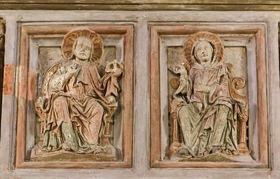 Goslar. Neuwerkkirche: Stuckreliefs der ehem. Lettnerkanzel - Jesus, Maria