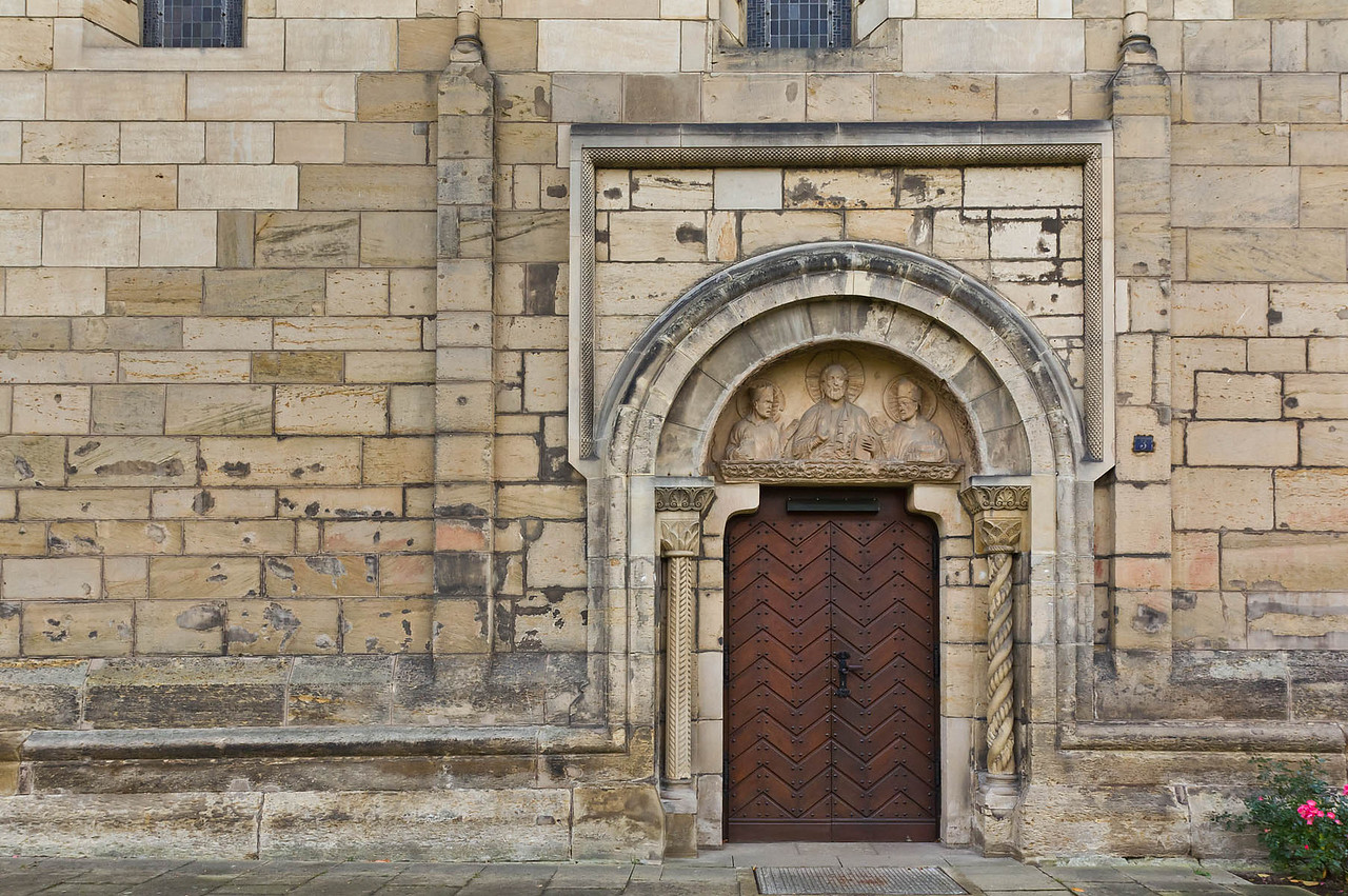 Hildesheim, St. Godehard, Nordportal