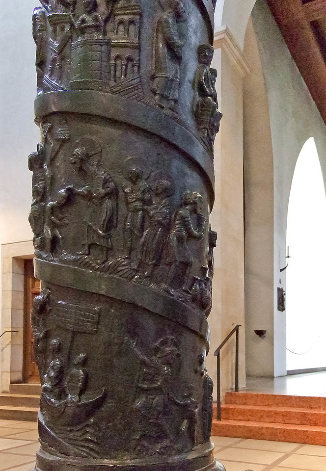 Hildesheim, Dom, Bernwardsäule (1020), Detail