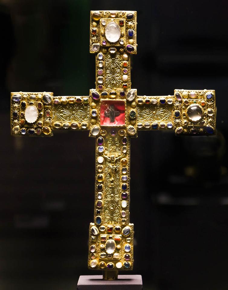 Kreuz Heinrich des Löwen (um 1190) [Dommuseum Hildesheim, bis 9/2012 Bodemuseum Berlin]