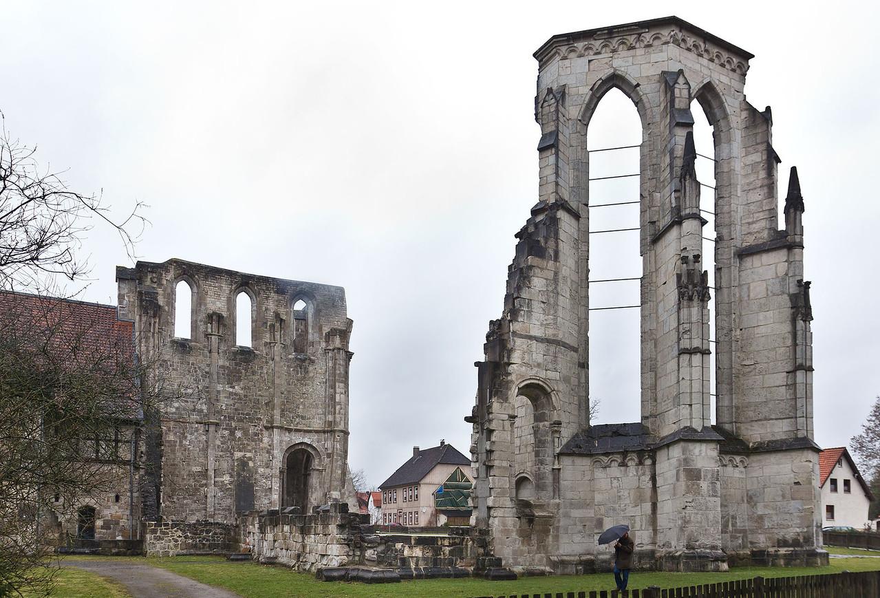 Walkenried, ehem. Zisterzienserkloster St. Maria. Kirchenruine von Südosten