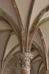 Walkenried, Klosterkreuzgang. Pfeiler im Nordflügel