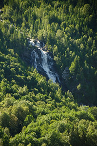 Im Espedalen - Der erste Wasserfall