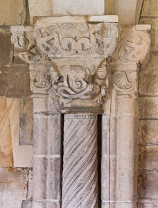 Gernrode, St. Cyriakus, Kapitell im Kreuzgang
