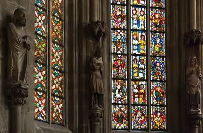 Halberstadt, Dom. nordöstl. Fenster der Marienkapelle (um 1340): Mitte Engelschöre, seitl. Tugenden und Apostel