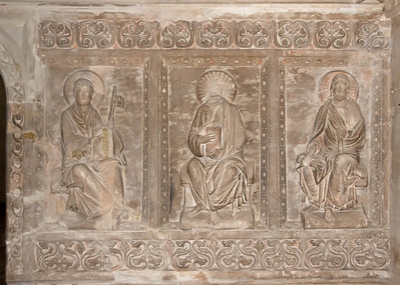 Hamersleben, St. Pankratius. Stuckreliefs der nördl. Chorschranke (um 1230), links Petrus