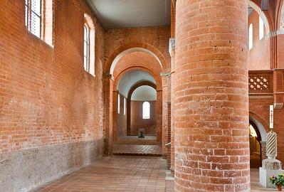 Jerichow, Stiftskirche: Blick durch nördl. Seitensschiff Richtung Osten