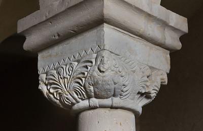 Landsberg/Saale, Doppelkapelle. Untere Kapelle, Säulenkapitell