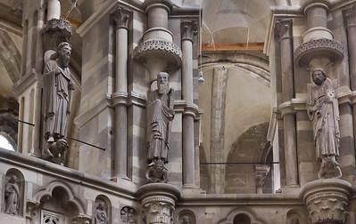 Magdeburg, Dom. Apostel Andreas, Paulus und Petrus (v.l.) im Chor (um 1230?)
