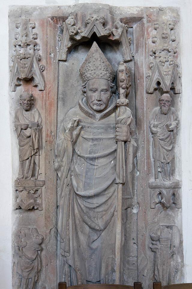 Merseburg, Dom, Grabmal Fridrich von Hoym (1382)