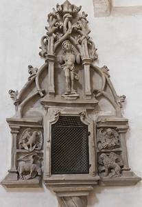 Merseburg, Dom, Sakramentshaus im Chor (1. V. 16. Jh.)