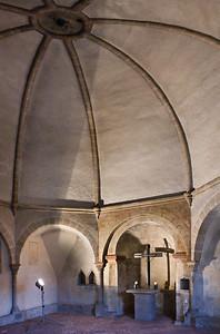 Naumburg, Ägidienkurie: Inneres nach Osten mit Altar