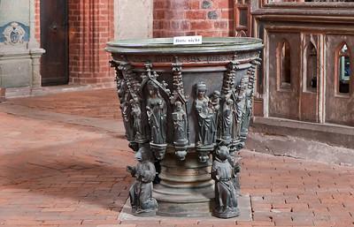 Stendal, Marienkirche, Bronzetaufe (1474)