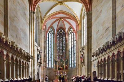 Meißen, Dom. Chor mit Stiftern (um 1265), Retabel (um 1490), Ostfenster (um 1260)