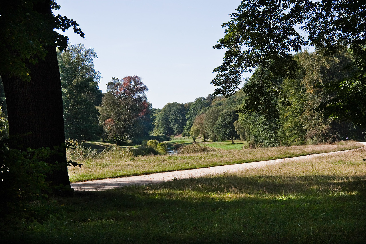 Muskau,Unterpark, Blick von polnischer Seite auf Neisse