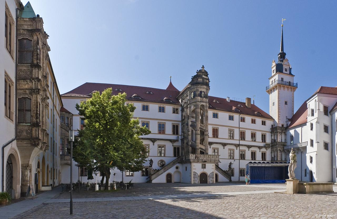 Torgau, Schloss Hartenfels, Innenhof nach Süden