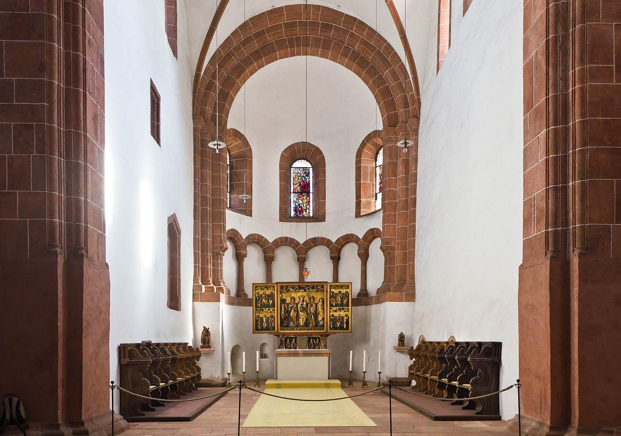 Wechselburg, ehem. Augustinerchorherrenstift. Chor mit Schnitzaltar aus Zaasch (um 1510)