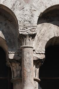 Mühlhausen, Blasiuskirche, Kapitell eines romanischen Fensters auf der Südseite