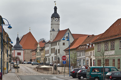 Weissensee. Blick auf Markt mit Rathaus und St. Petri und Pauli