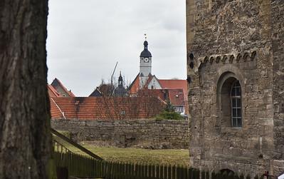 Weissensee, Runneburg. Blick vom Hof zur Stadt