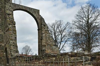 Thalbürgel, ehem. Klosterkirche: Blick auf südl. Vierungsbogen