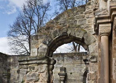 Thalbürgel, ehem. Klosterkirche. Westl. Vorhalle: Blick von Westportal nach Norden