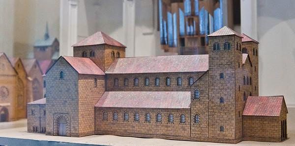 Minden, Dom, Modell des rom. Eilbert-Domes, Weihe 1071