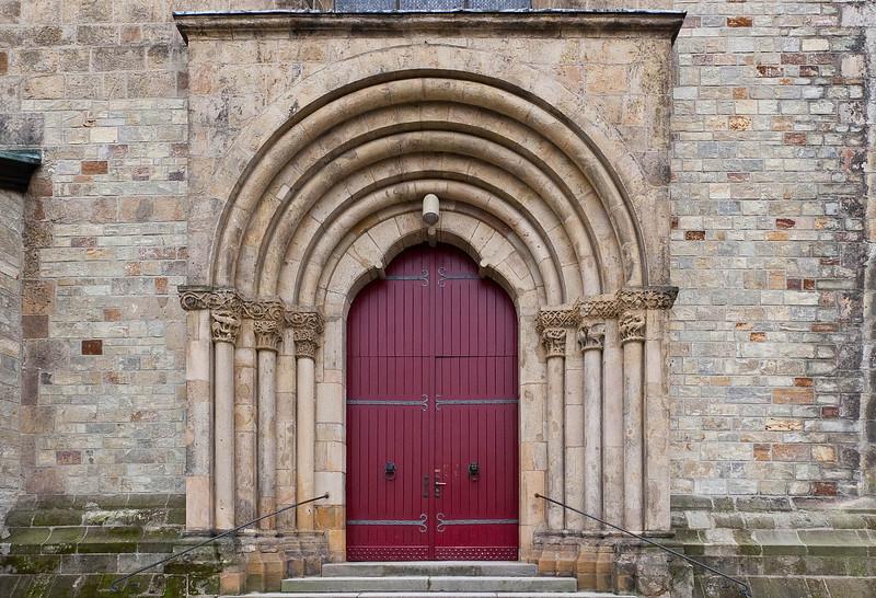 Paderborn, Dom, Rote Pforte, Norportal am Westquerschiff (um 1225)
