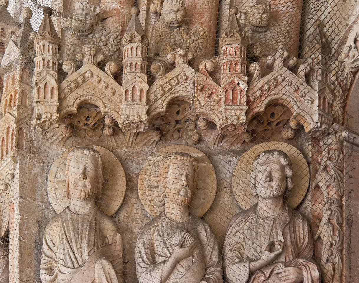 Paderborn, Dom, Paradiesportal, 3 Apostel links, Detail