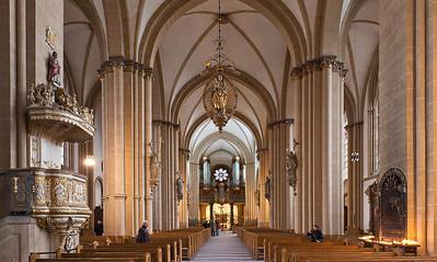 Paderborn, Dom, Blick nach Westen