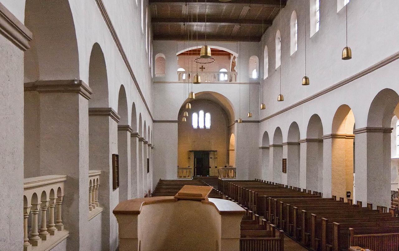 Paderborn, Abdinghofkirche, Langhaus nach Westen